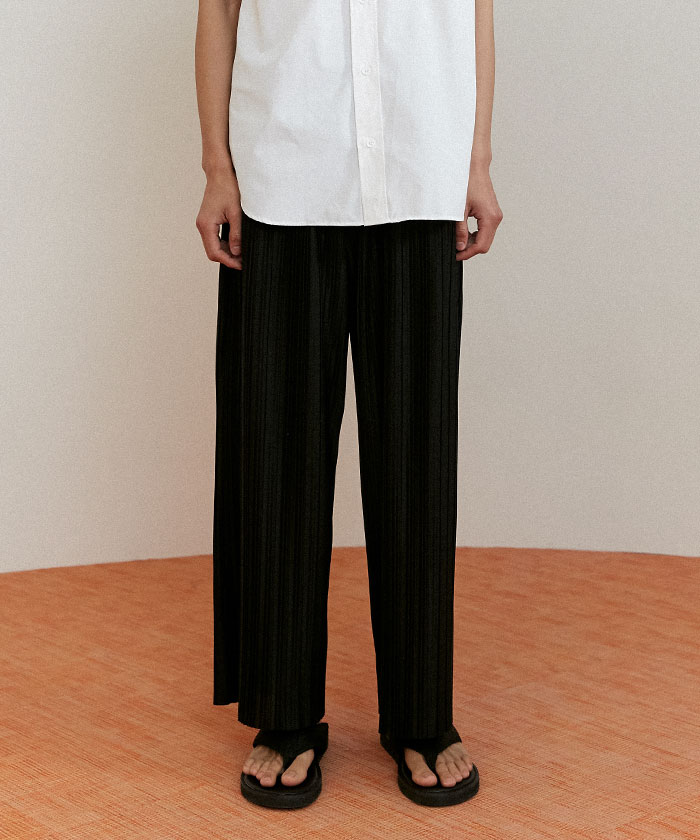 [7/9 예약발송]PLEATED PANTS[BLACK]